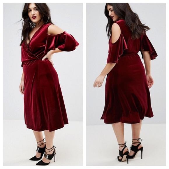 1036c319f216 Boohoo Velvet Cold Shoulder Wrap Midi Dress - 20